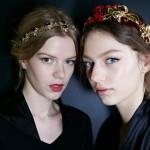 Recogido con diadema metal- Dolce & Gabbana