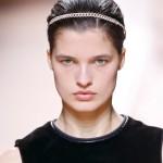 Recogido efecto mojado con cadena by Hermès