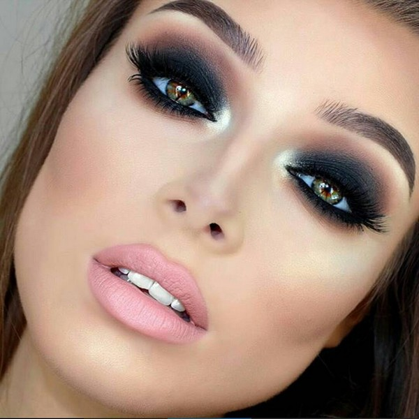 simple-smokey-eye-makeup